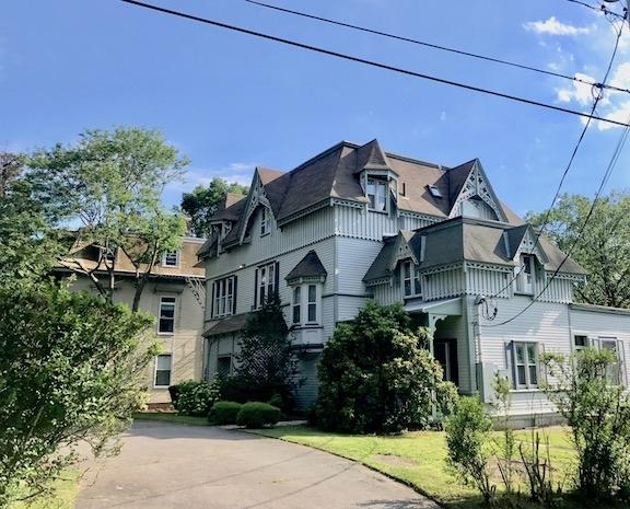 resort era cottage Harrison ave.jpg