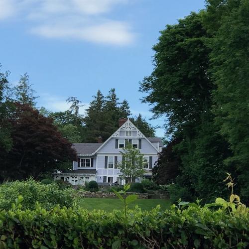 BLuebird Cottage today.jpg