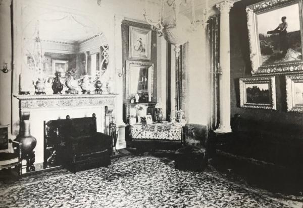 Harris Fahnestocks drawing room