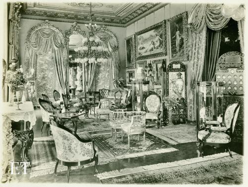 The salon at Montebello