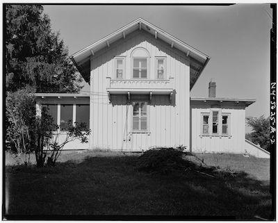 Montgomery place farmhouse