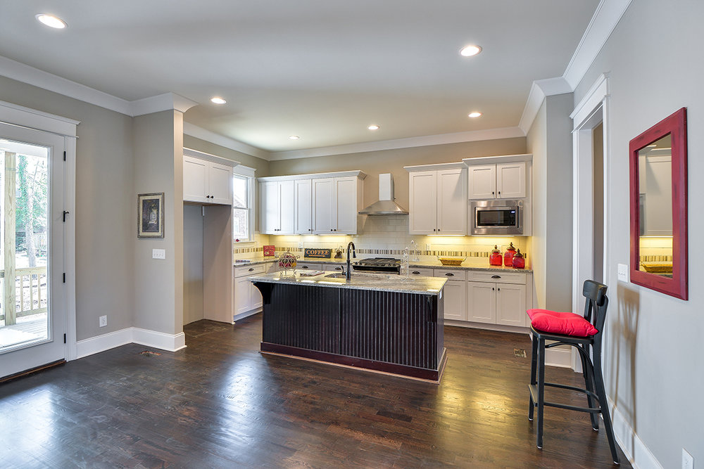 House-Plans-Online-Craftsman-Nashville-Peggy-Newman-Granny White-Kitchen-Family.jpg