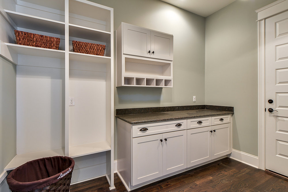 House-Plans-Online-Craftsman-Nashville-Peggy-Newman-Granny White-Mud Room-Mud-Laundry.jpg