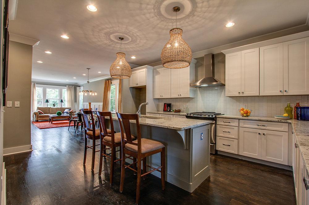 House-Plans-Online-Craftsman-Nashville-Peggy-Newman-Rosebank-Kitchen-Family.jpg