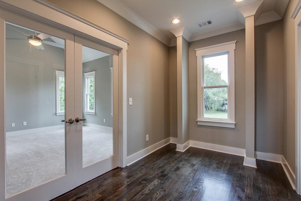 House-Plans-Online-Craftsman-Nashville-Peggy-Newman-Rosebank-Study-Architectural-Detail-Columns.jpg