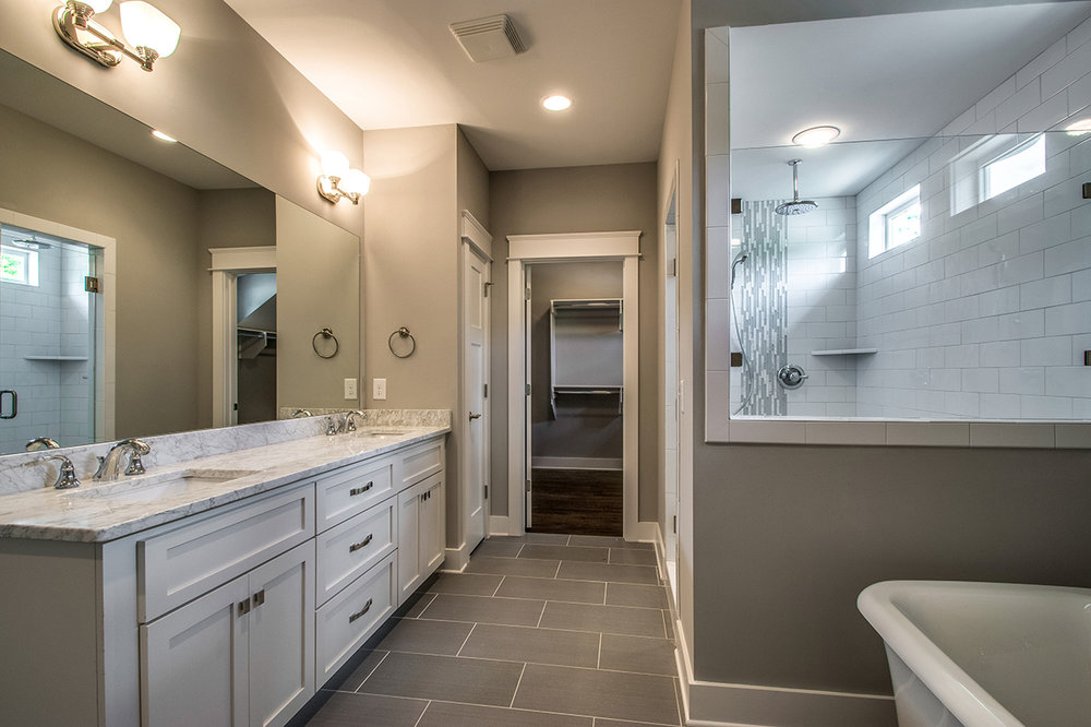 House-Plans-Online-Craftsman-Nashville-Peggy-Newman-10th-Bath-Master-Large Shower-Steam Room.jpg