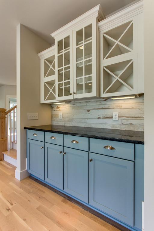 House-Plans-Online-Craftsman-Nashville-Peggy-Newman-Open Shelving-Storage-Kitchen-Laurent.jpg