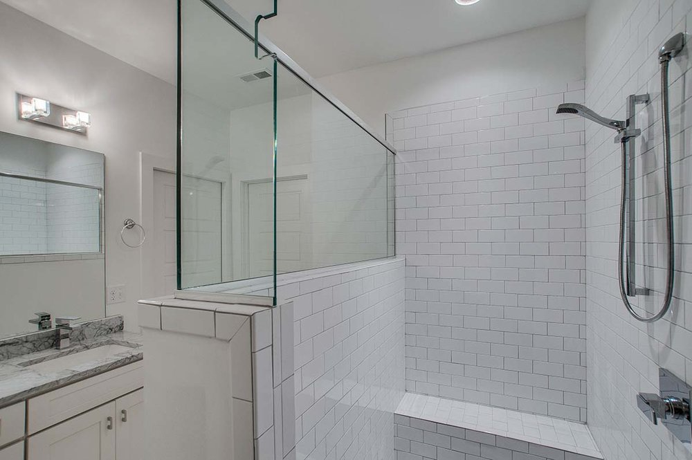 House-Plans-Online-Nashville-Narrow-Master Bath-Michigan.jpg