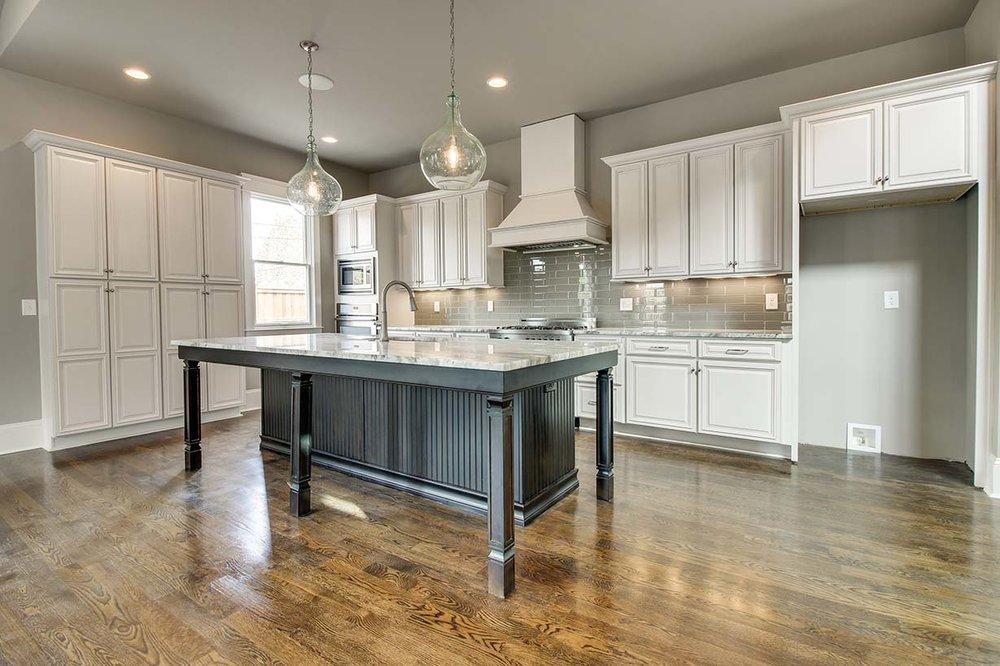 House-Plans-Online-Four Square-Nashville-Peggy-Newman-Kitchen-Black Island-Lone Oak.jpg