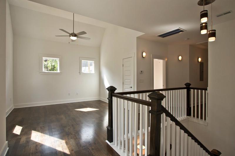 House-Plans-Online-Craftsman-Nashville-Peggy-Newman-Bonus-Wood Floor-Railing-14th.jpg