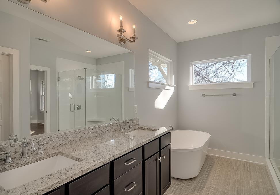 House-Plans-Online-Duplex-Nashville-Peggy-Newman-Bath-Master-5417.jpg