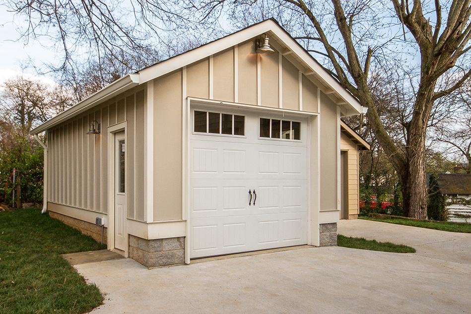 House-Plans-Online-Nashville-Peggy-Newman-Tudor-Detached Garage-Trim-Primrose.jpg