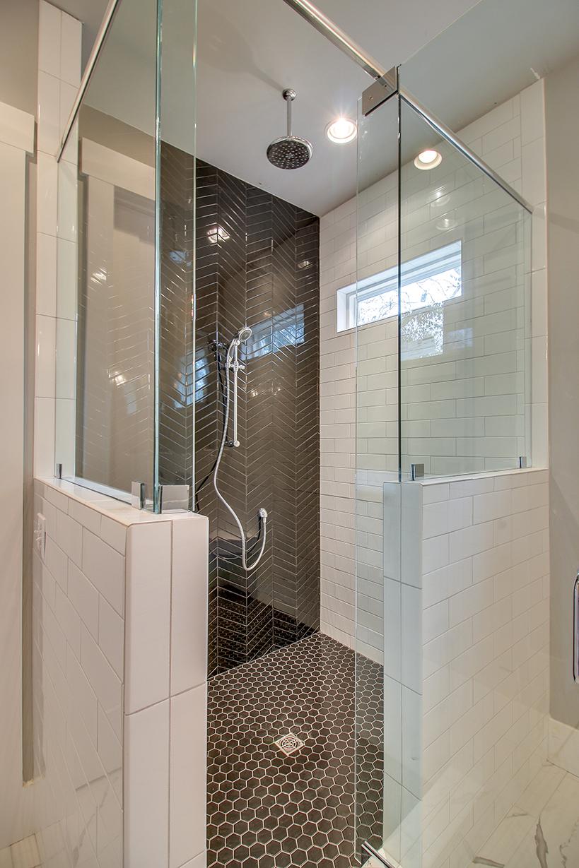 House-Plans-Online-Nashville-Peggy-Newman-Tudor-Master Suite-Shower-Steam-Oxford.jpg