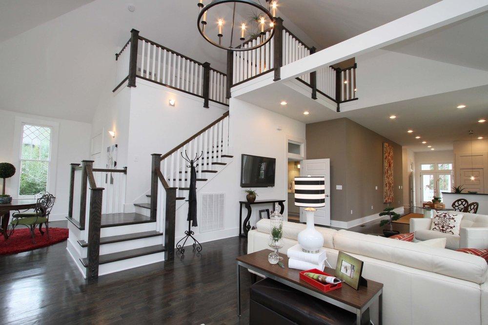 House-Plans-Online-Craftsman-Nashville-Peggy-Newman-Benton-Grand-Staircase-Family.jpg