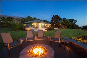 firepits-and-fireplaces