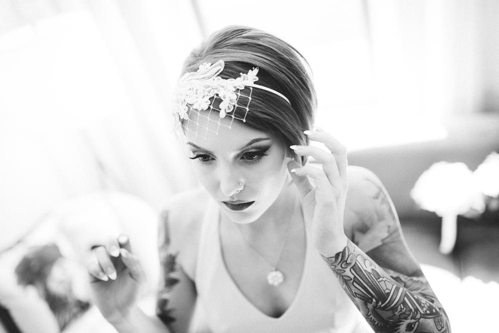 21C-hotel-wedding-photography-cincinnati-_0007.jpg