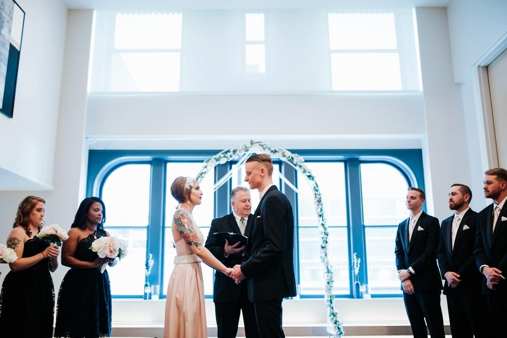 21C-hotel-wedding-photography-cincinnati-_0015.jpg