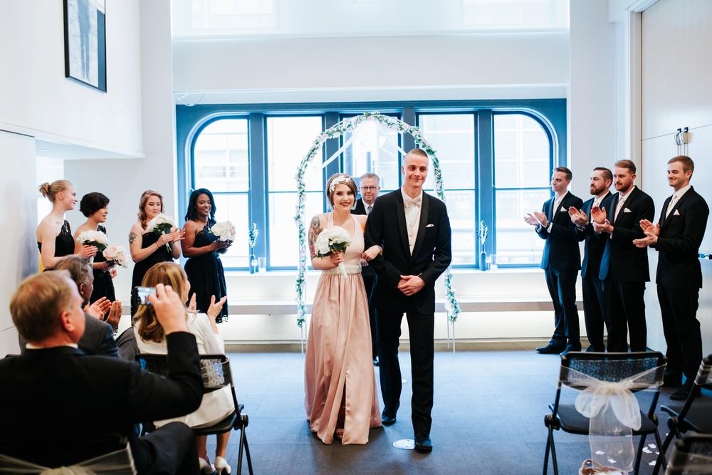 21C-hotel-wedding-photography-cincinnati-_0018.jpg