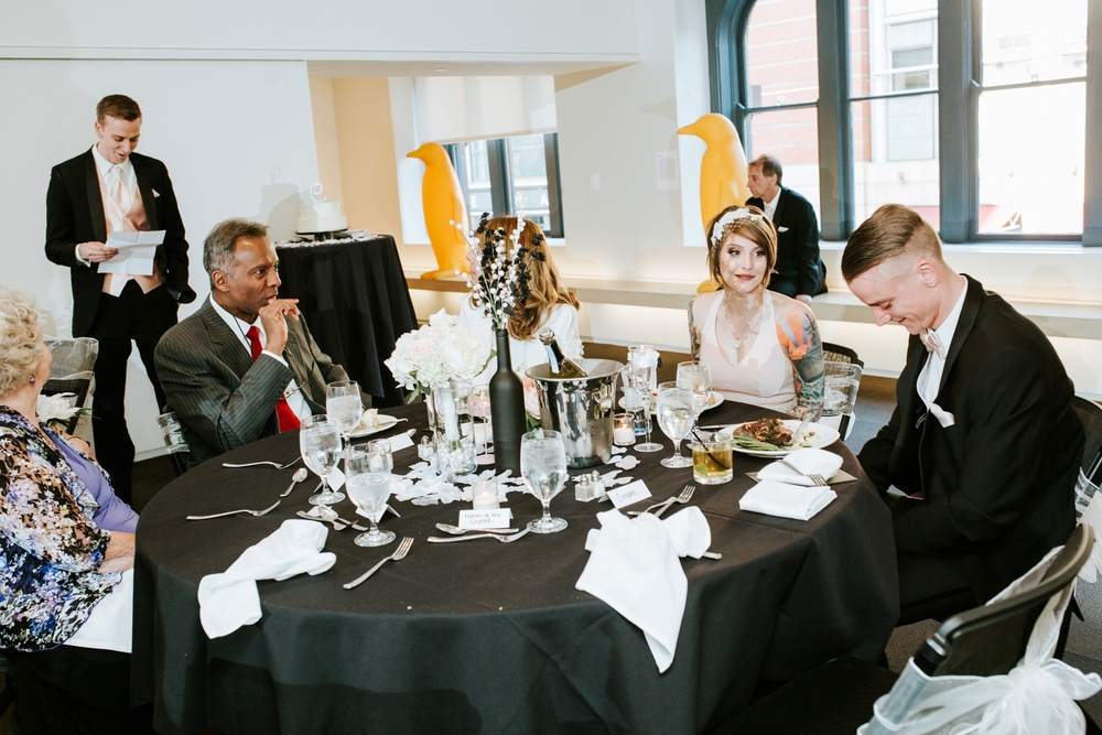 21C-hotel-wedding-photography-cincinnati-_0030.jpg