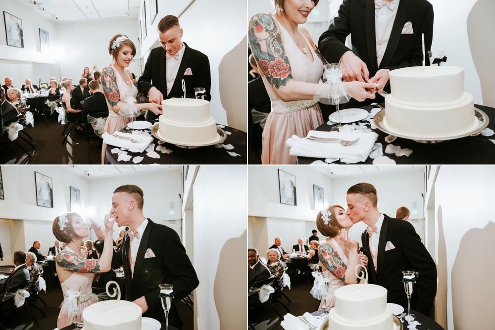 21C-hotel-wedding-photography-cincinnati-_0031.jpg