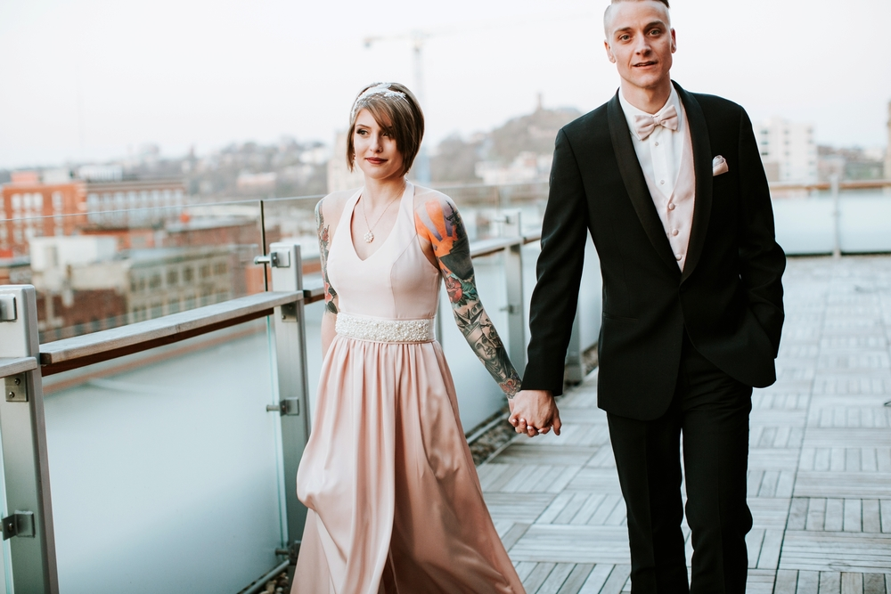 21C-hotel-wedding-photography-cincinnati-_0034.jpg