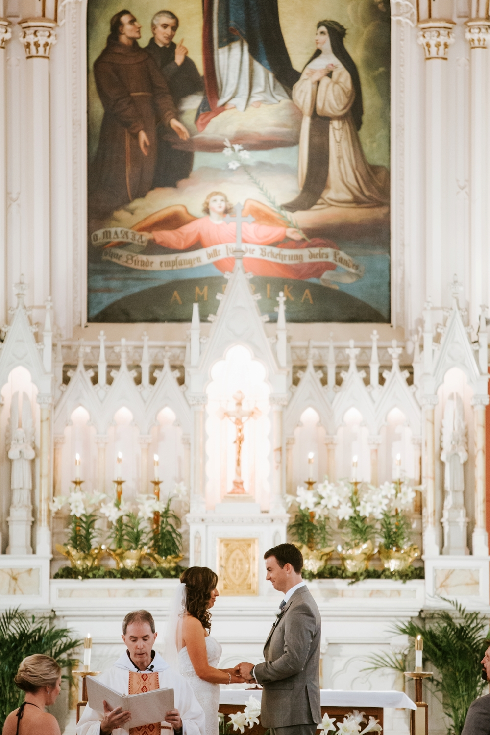 holy-cross-immaculata-mt-adams-longworth-hall-cincinnati-wedding-photography-_0011.jpg