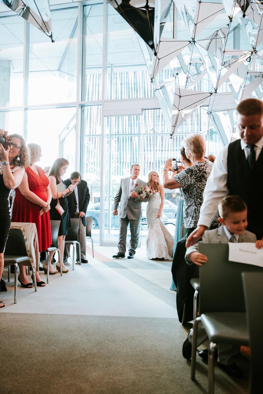 contemporary-arts-center-cincinnati-wedding-_0012.jpg