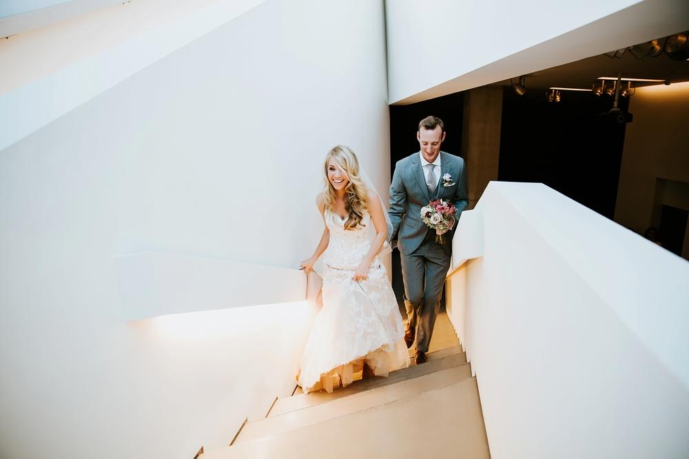 contemporary-arts-center-cincinnati-wedding-_0016.jpg