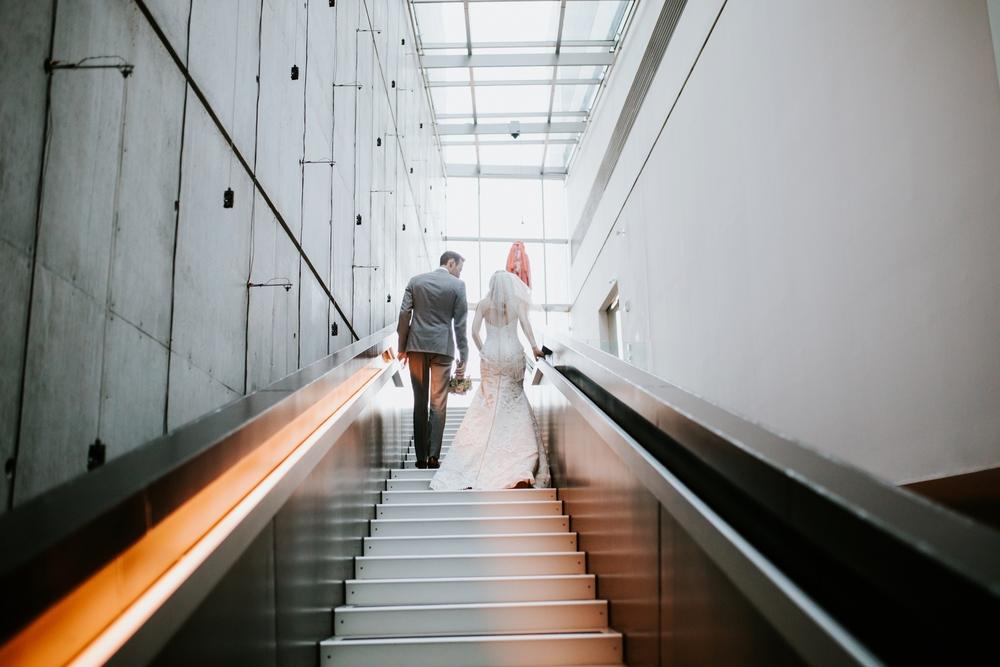 contemporary-arts-center-cincinnati-wedding-_0022.jpg