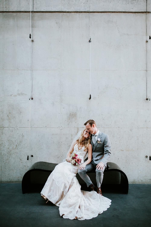 contemporary-arts-center-cincinnati-wedding-_0023.jpg
