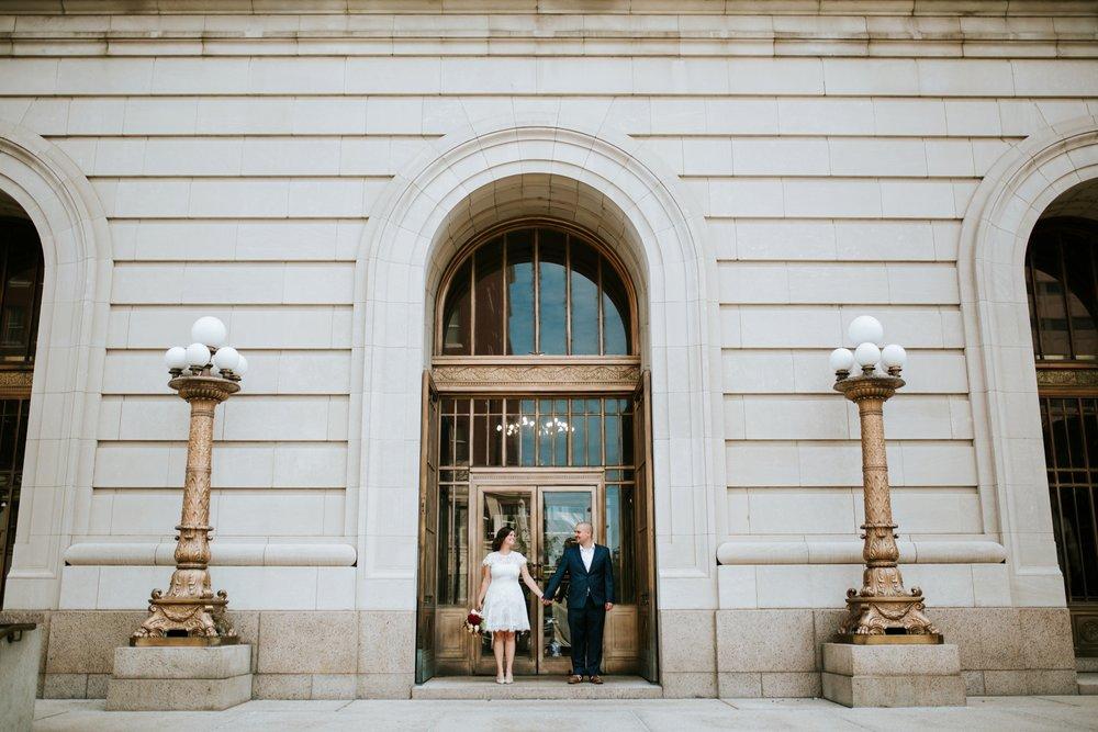 cincinnat-courthouse-elopement-_0017.jpg