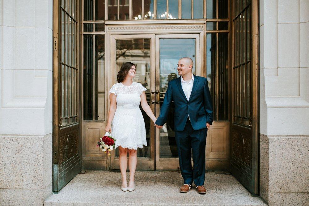 cincinnat-courthouse-elopement-_0019.jpg