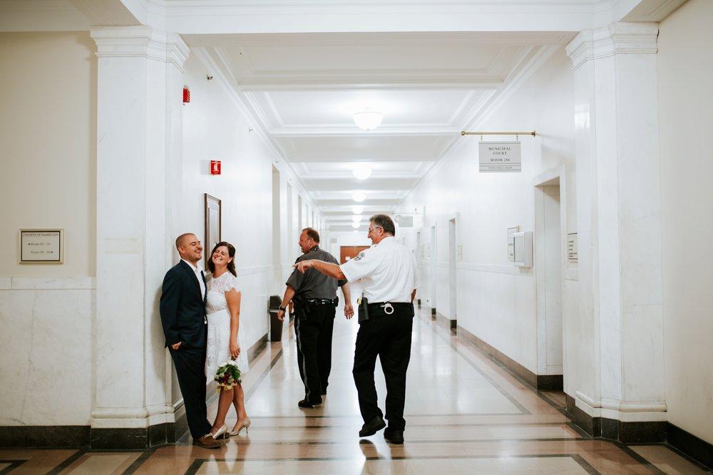 cincinnat-courthouse-elopement-_0024.jpg