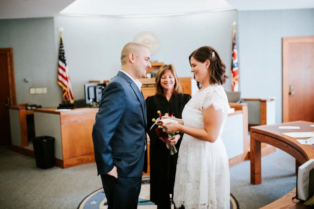 cincinnat-courthouse-elopement-_0028.jpg