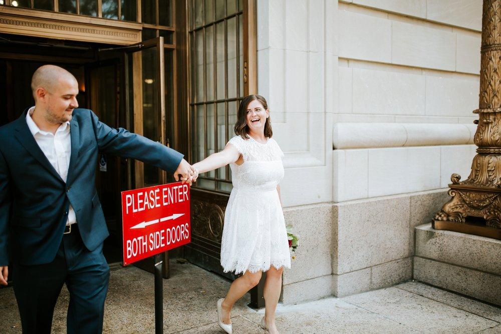 cincinnat-courthouse-elopement-_0035.jpg