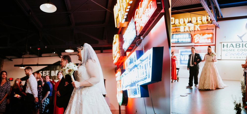 american-sign-museum-americana-wedding-_0031.jpg