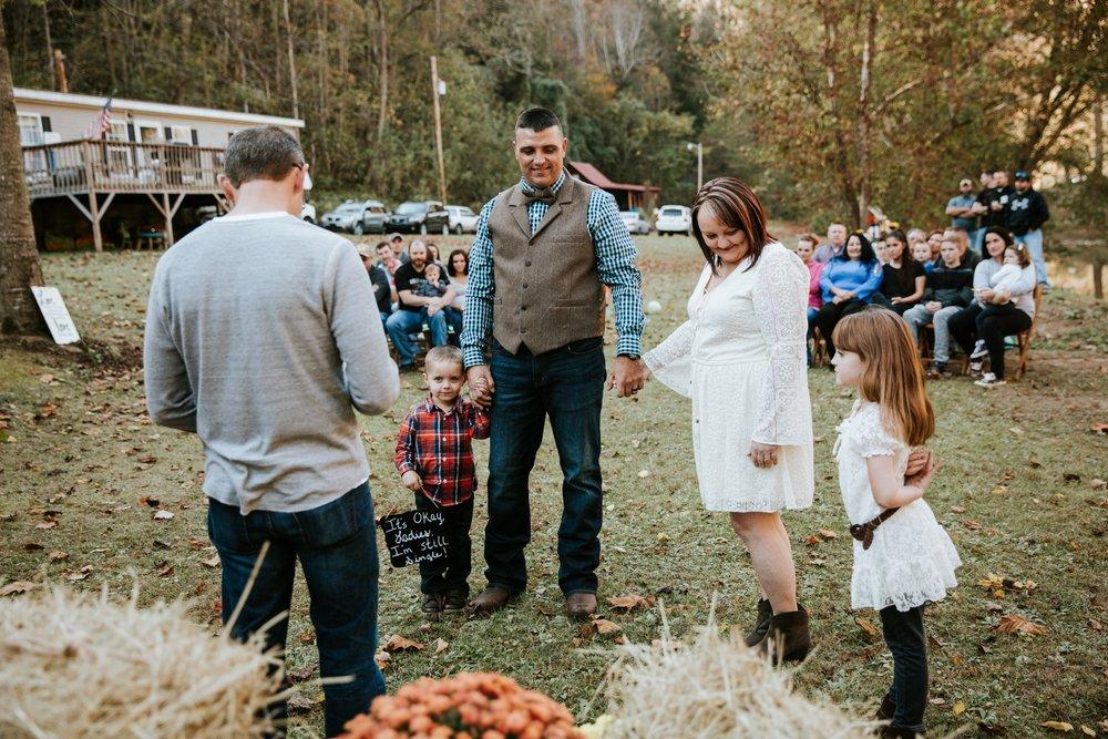 backyard-wedding-_0017.jpg