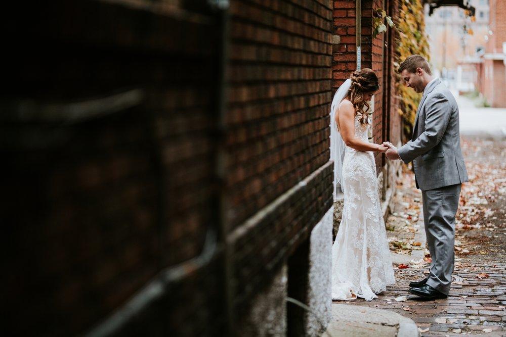 the-center-cincinnati-wedding-_0007.jpg
