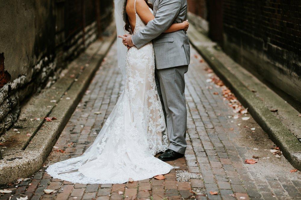 the-center-cincinnati-wedding-_0008.jpg
