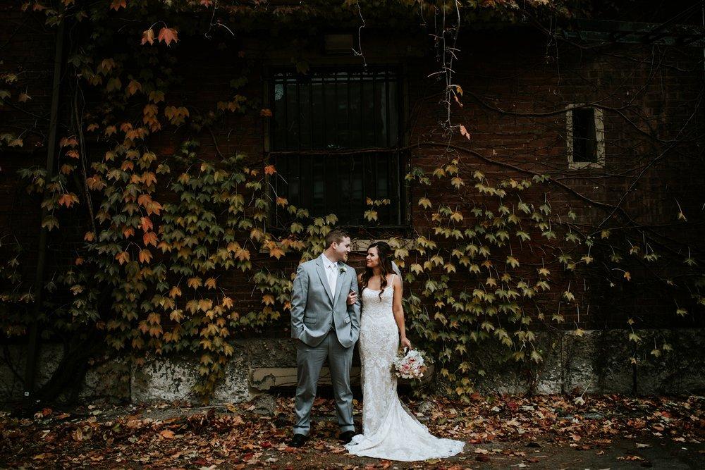 the-center-cincinnati-wedding-_0011.jpg