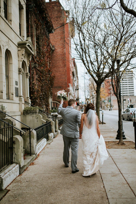 the-center-cincinnati-wedding-_0012.jpg