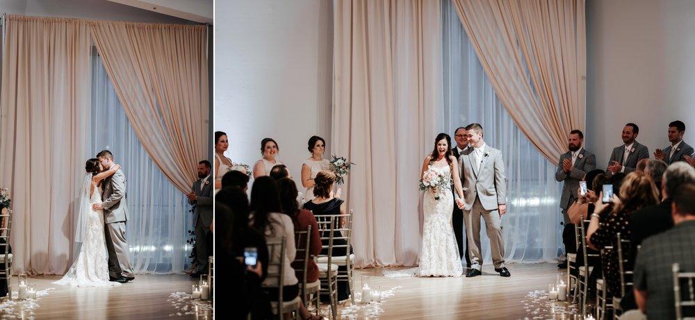 the-center-cincinnati-wedding-_0020.jpg