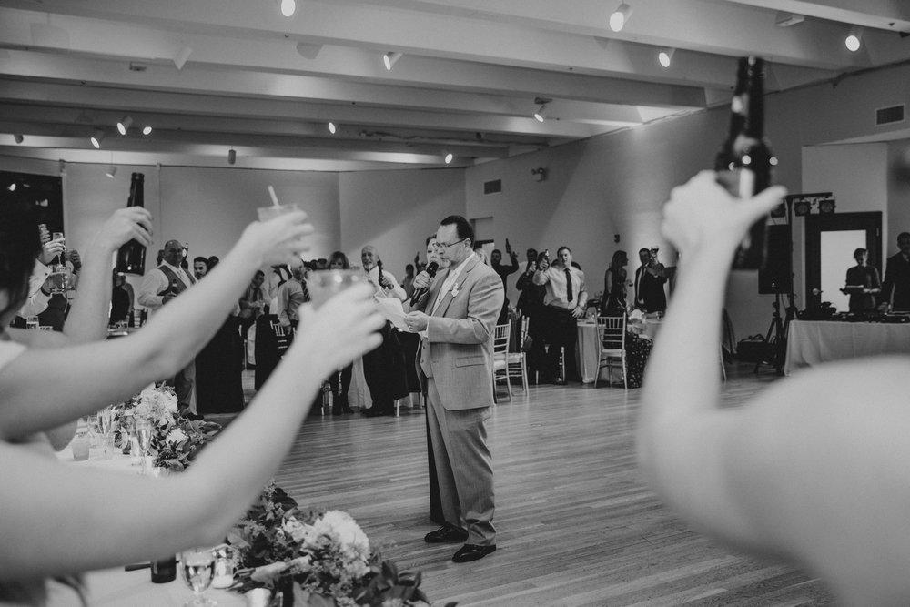 the-center-cincinnati-wedding-_0024.jpg