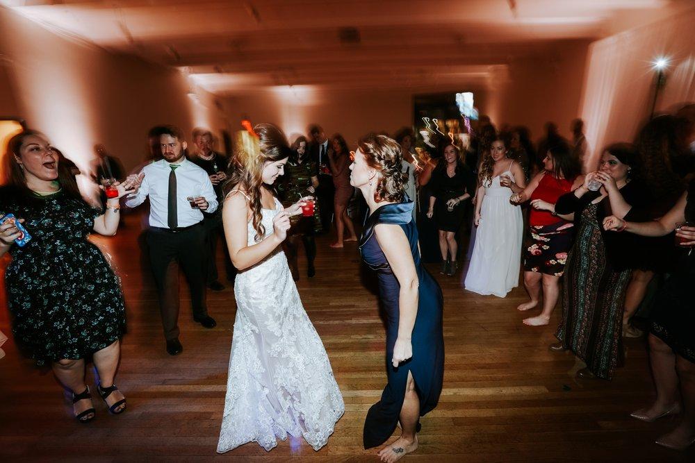 the-center-cincinnati-wedding-_0026.jpg