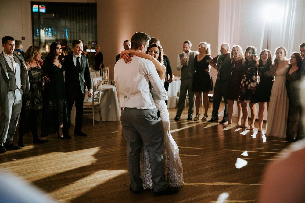 the-center-cincinnati-wedding-_0030.jpg