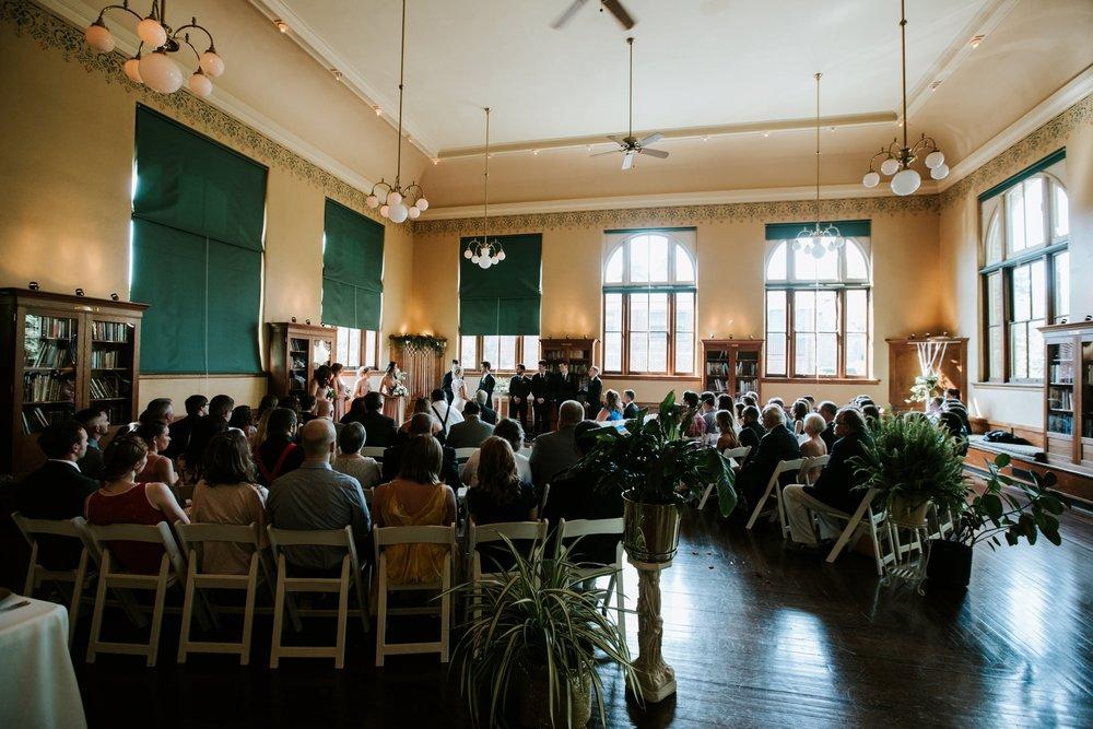 the-carnegie-center-of-columbia-tusculum-wedding-_0020.jpg