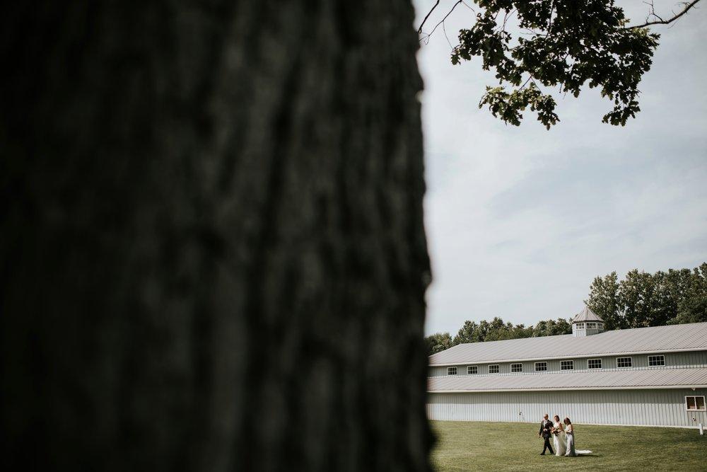 the-stables-toledo-ohio-wedding-_0022.jpg