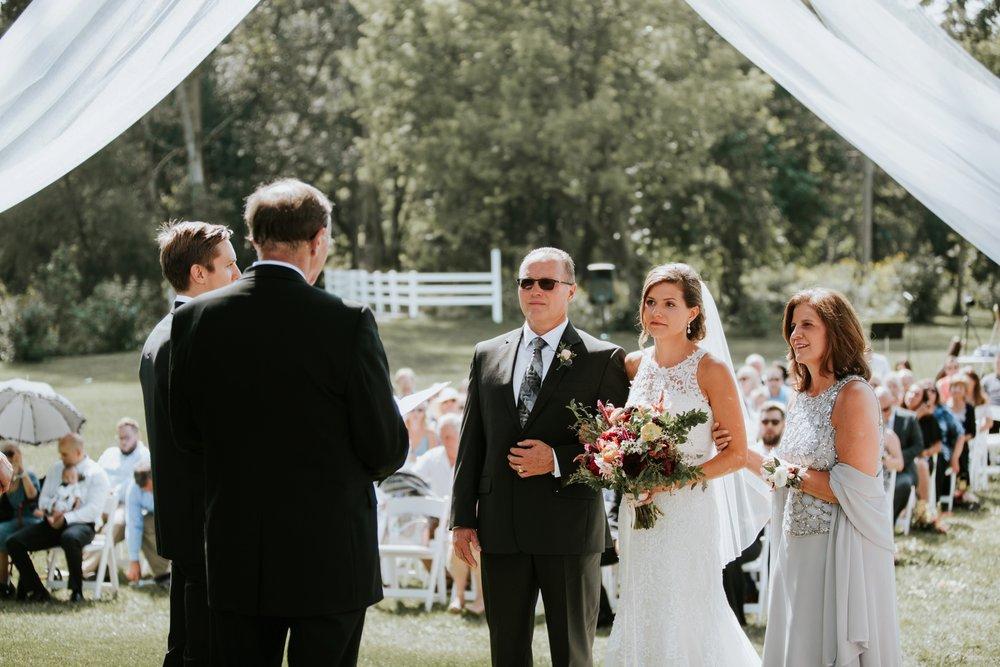 the-stables-toledo-ohio-wedding-_0023.jpg