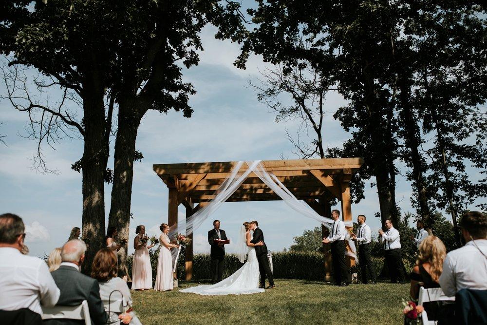 the-stables-toledo-ohio-wedding-_0027.jpg