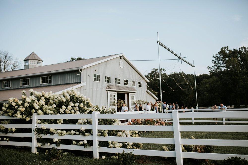 the-stables-toledo-ohio-wedding-_0031.jpg